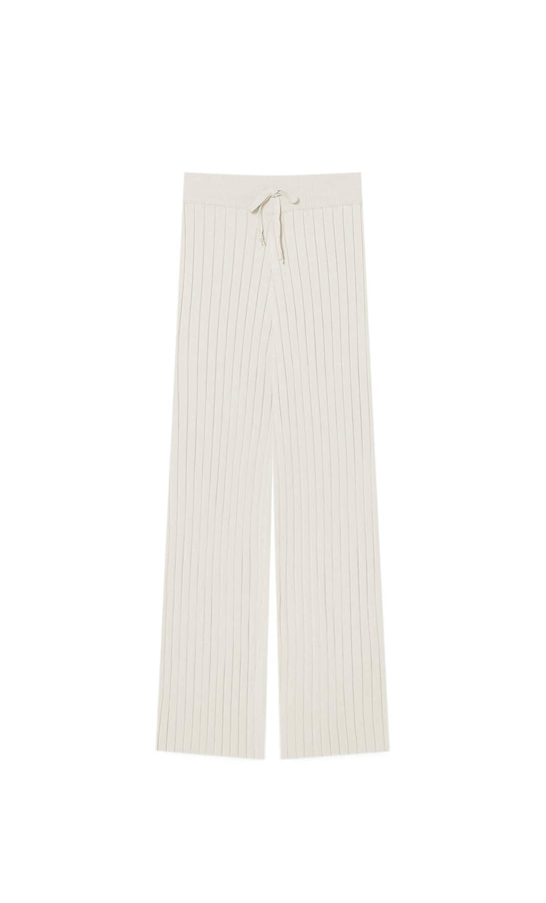 Pantalón de punto con corte culotte de Stradivarius