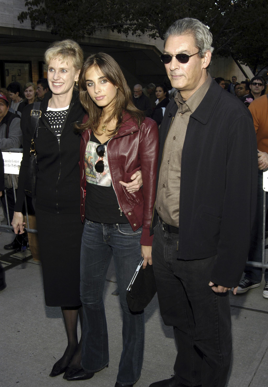 Paul Auster con su mujer, la escritora Siri Hustevet, y su hija, la cantante Sophie Auster.
