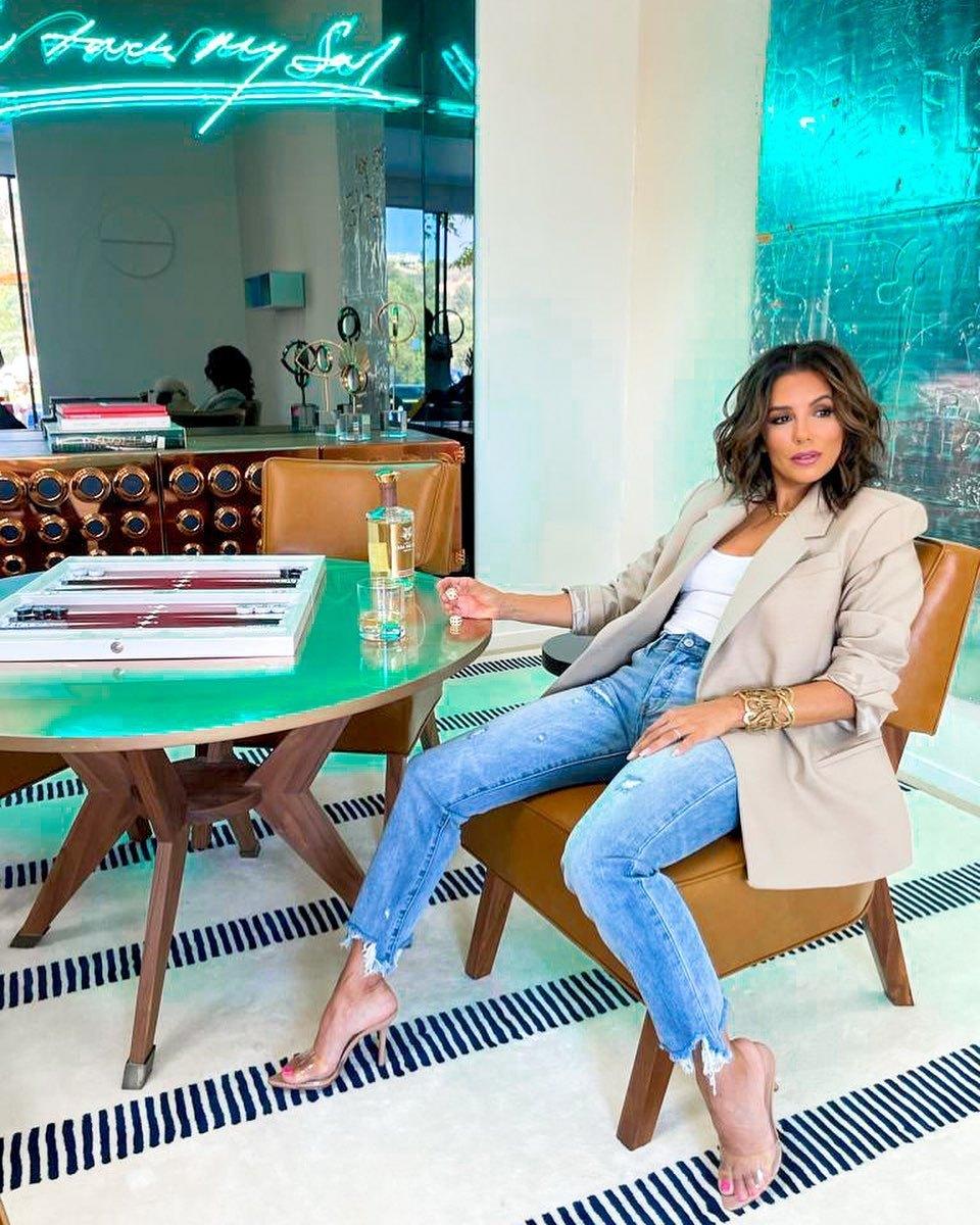 Eva Longoria con jeans.
