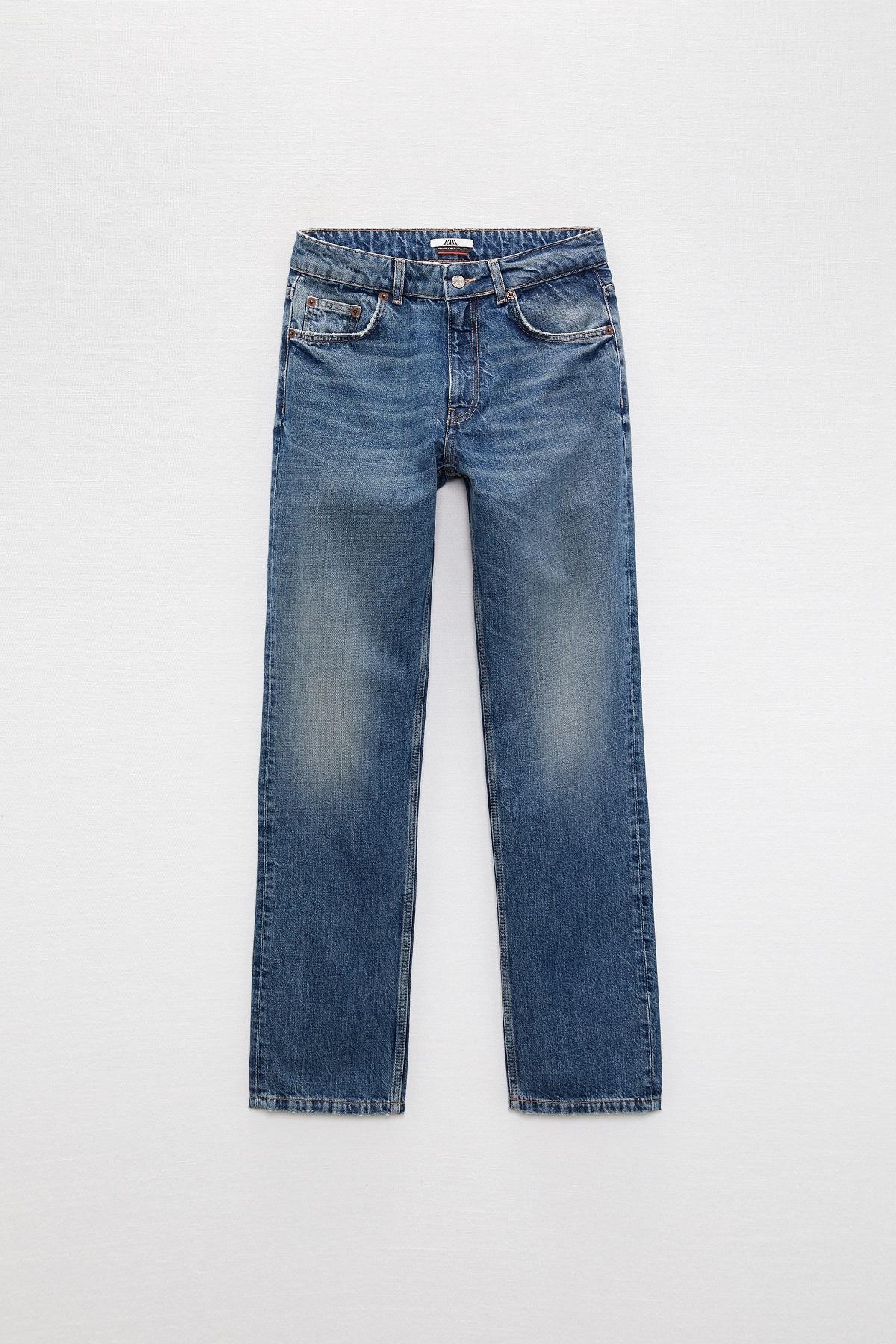 Los jeans rectos favoritos de Charlotte Gainsbourg.