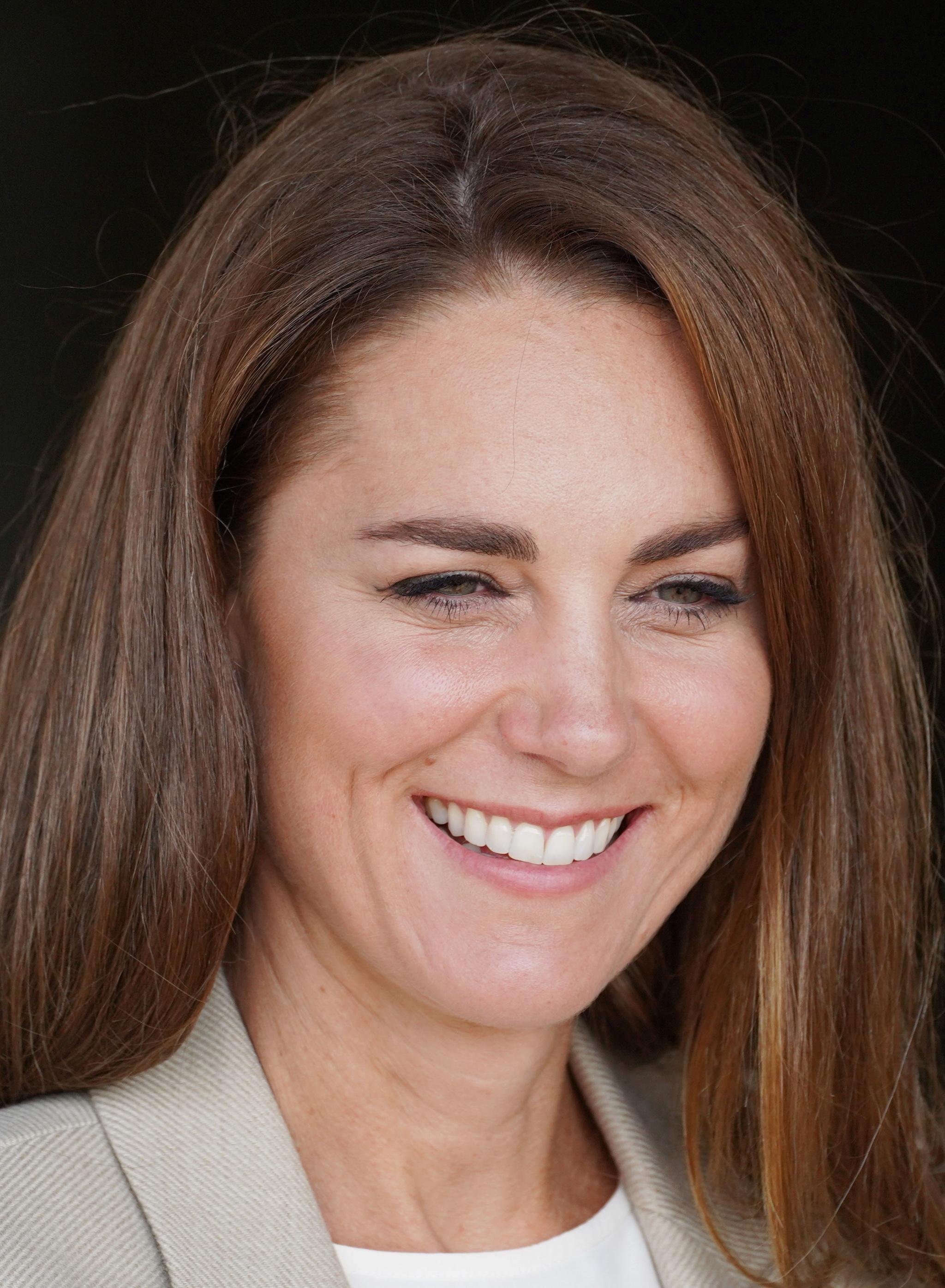 A mediados de septiembre, Kate Middleton lució unas cejas más cortas y pulidas que le restaban expresión a su mirada.