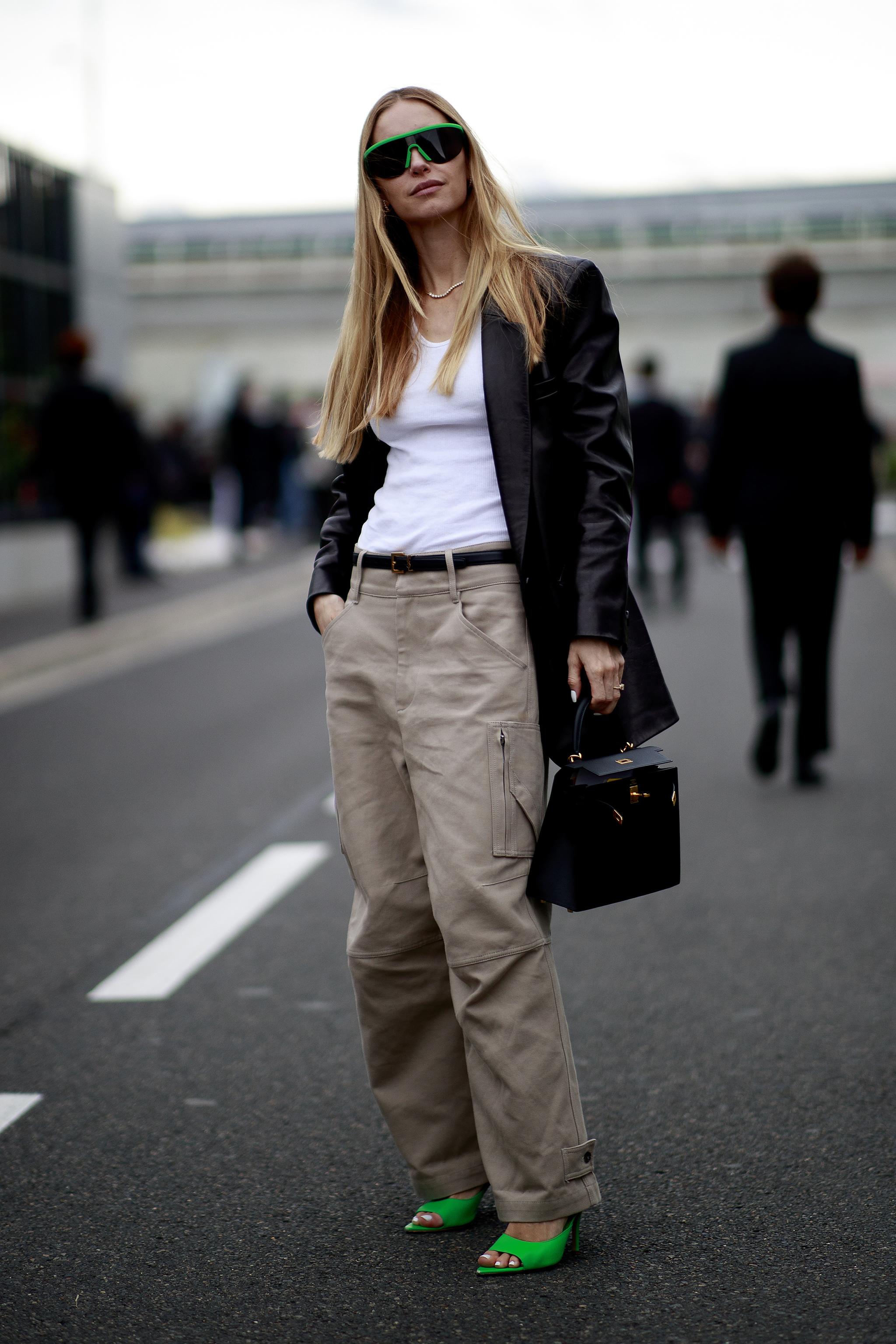 Pernille Teisbaek con el pantalón del otoño.