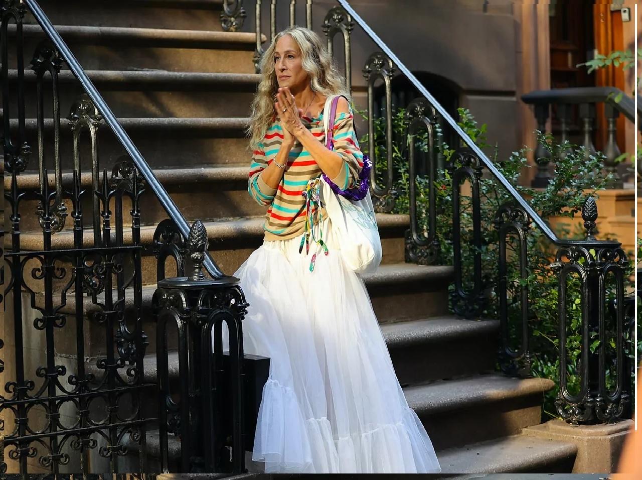 Carrie con una falda de tul.