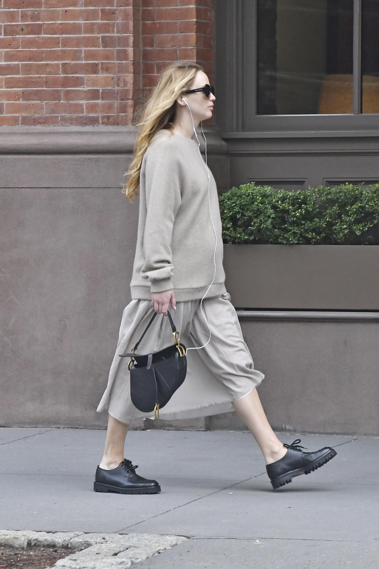 Jennifer Lawrence, paseando por las calles de Nueva York.