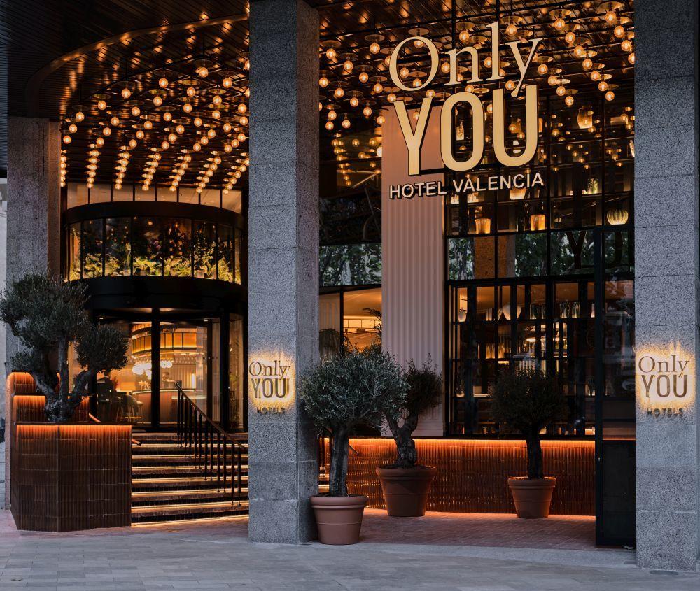 El nuevo Only You Hotel Valencia se encuentra en el antiguo Hotel Astoria Palace, en el centro histórico de Valencia.