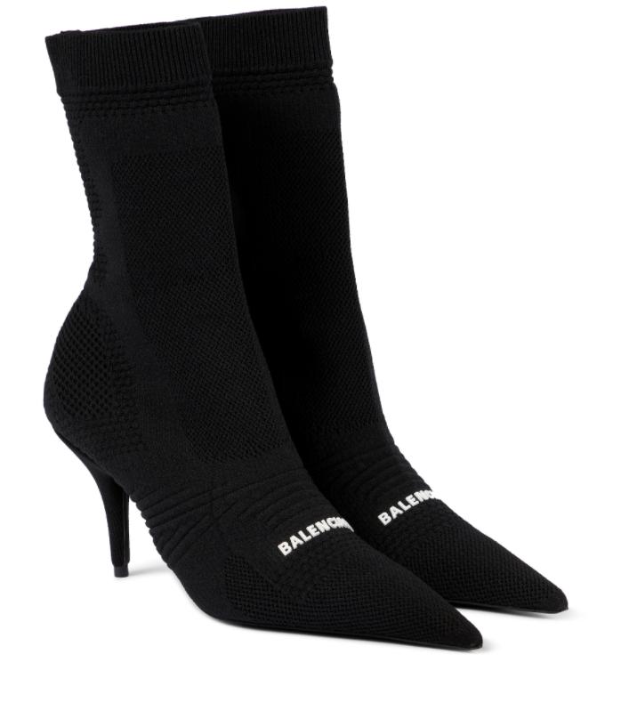 Botín calcetín, de Balenciaga.