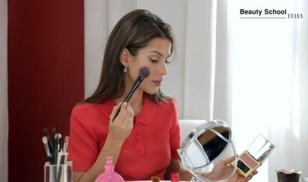 VALENTINA PINK: El maquillaje que le va