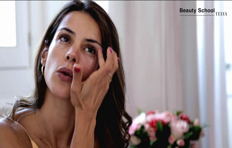 Cómo se aplica el contorno de ojos? | Tutorial en Beauty School