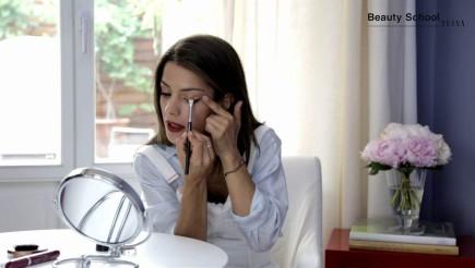 ¿Cómo maquillarte si llevas los labios rojos?
