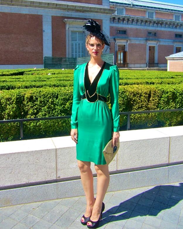 Vestido verde zapato negro