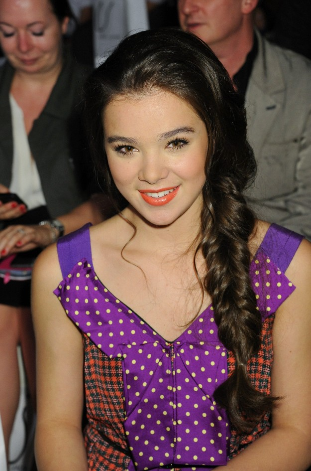 Hailee Steinfeld - Marc Jacobs Front Row