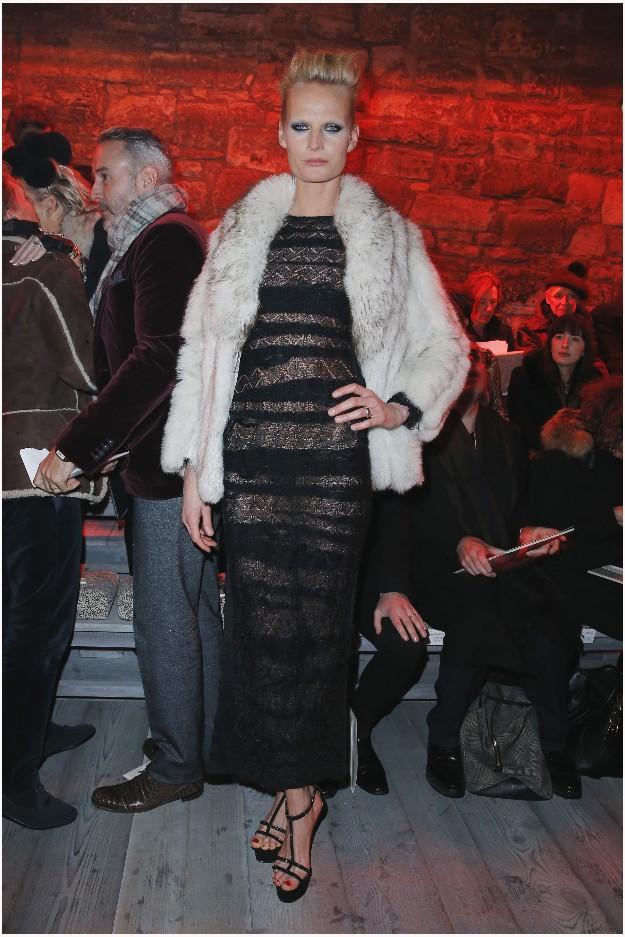 Model Anna Freemantle - CHANEL