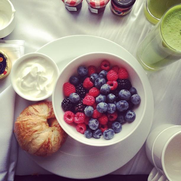 Carolina Engman - Desayuno con frutos rojos