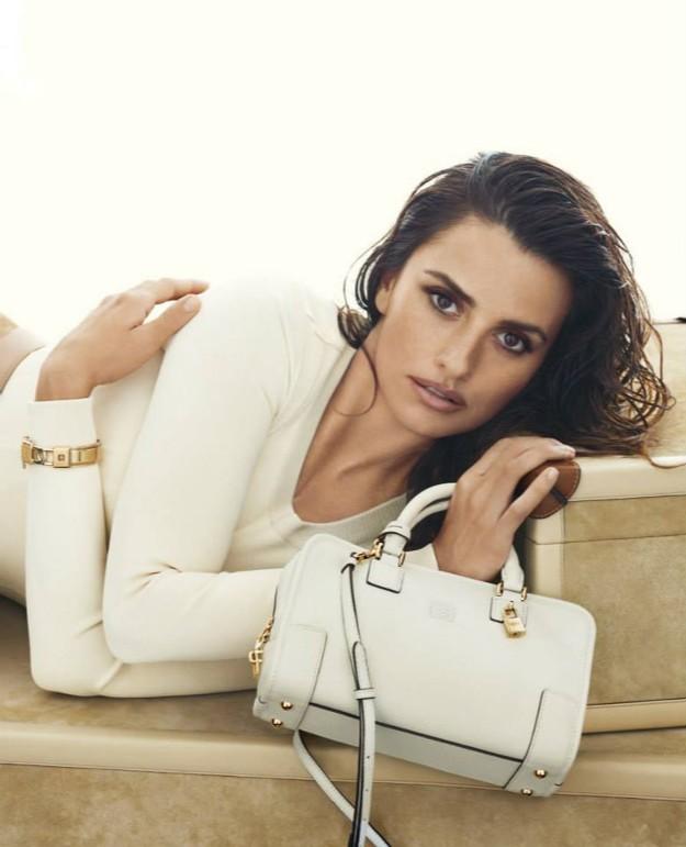 Loewe's SS2014 Campaign. The 'Amazona' Bag.