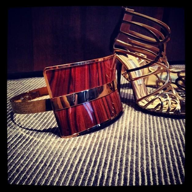 Los accesorios del look que lucirá Blanca Suárez en el desfile - @Blanca_Suarez on Instagram