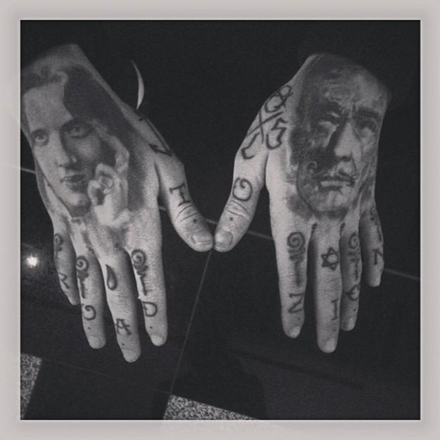Las manos de Stephen James - backstage MBFWM