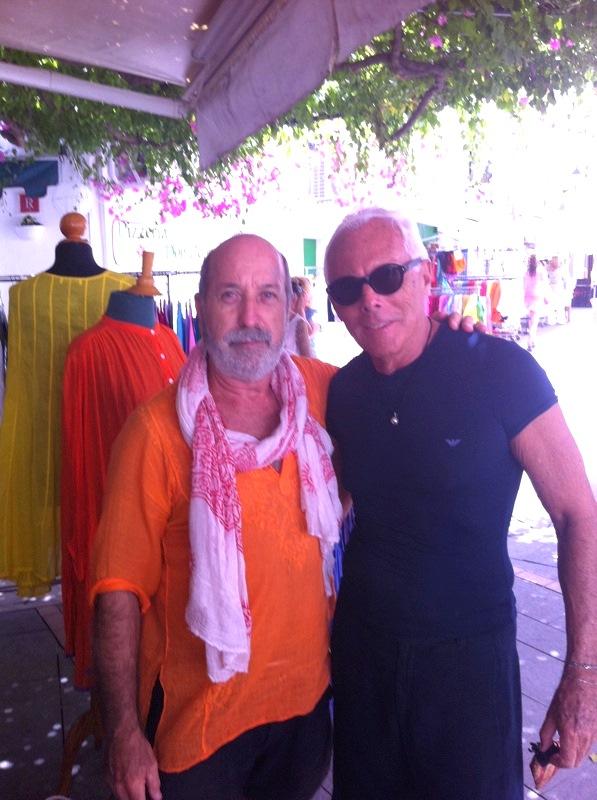 Vicente Ganesha y Armani  (Via / Vicente Ganesha)