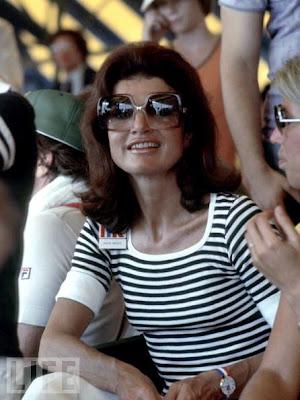 Jackie Kennedy (Vía / Cinema Style)