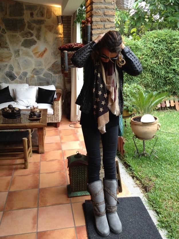 Botas Emu con tachuelas