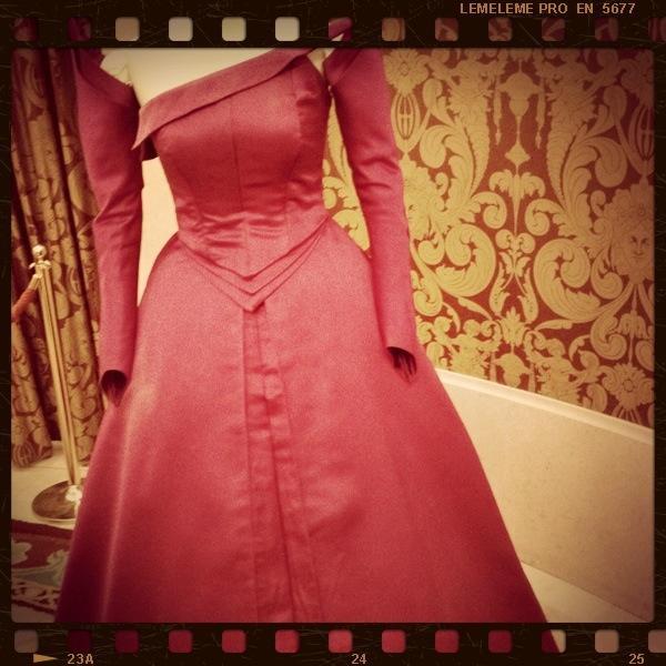 Vestido en tafeta de seda usado en La clemenza di Tito