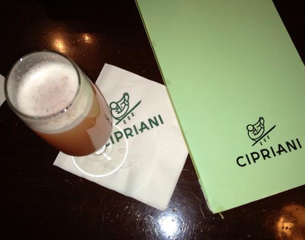 Cóctel Bellini de Cipriani