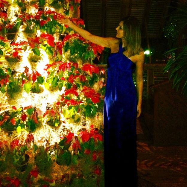 Vestido azul klein de Roberto Torretta