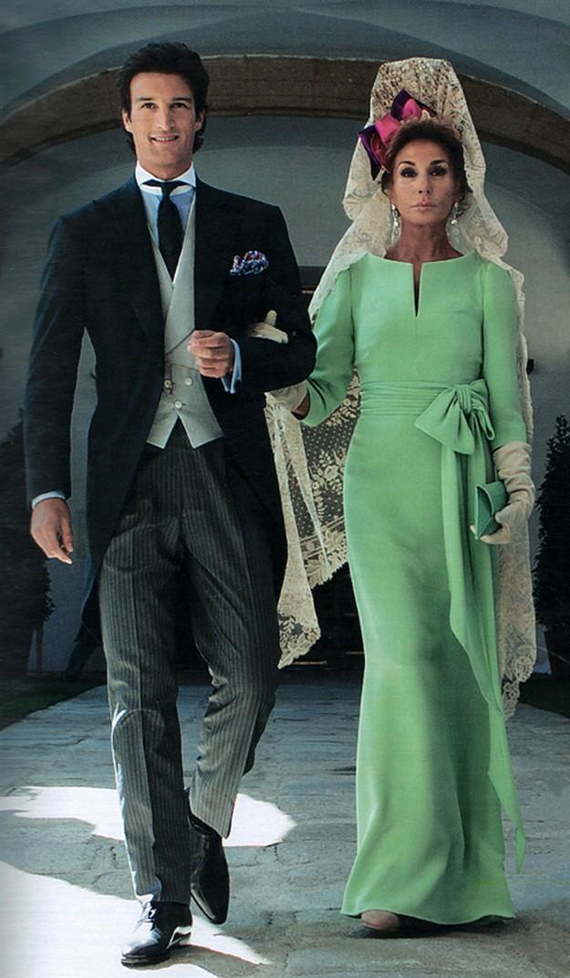 Vestido madrina boda mantilla