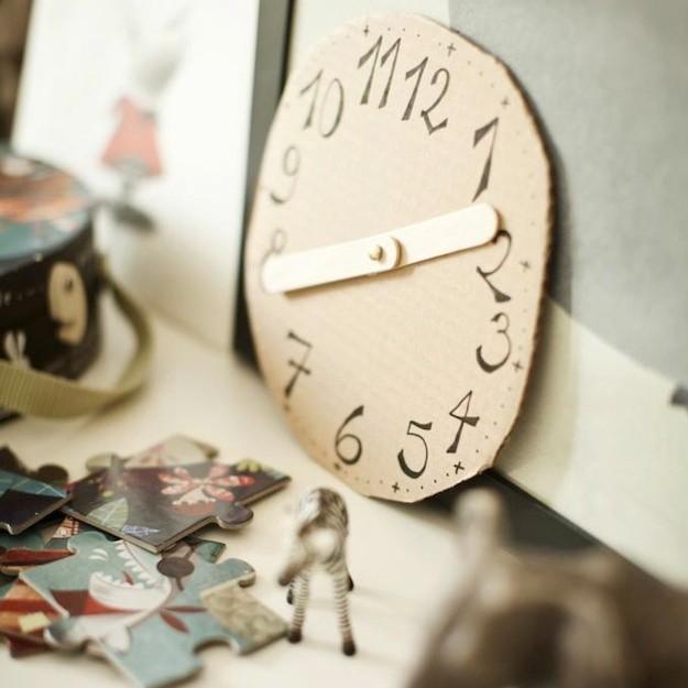 DIY reloj de carton
