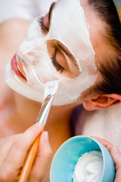 Peelings para borrar manchas en la piel - TELVA