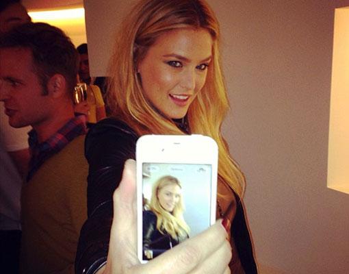 Los trucos de las celebrities para posar en las Redes Sociales