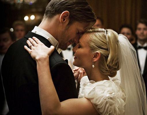 Ficha a Kirsten Dunst de novia en Melancholia. Foto: La Butaca