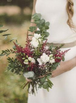 Ramo de novia de flores silvestres