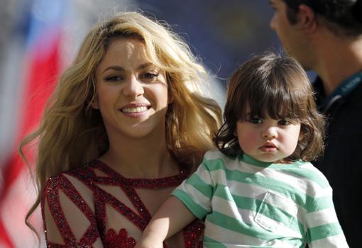 Shakira y Piqué, <br>aumentan la familia