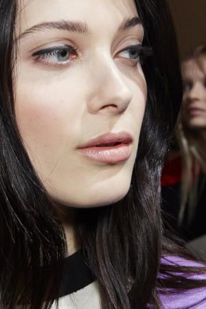 Modelo de Puglisi con eyeliner sin rabillo