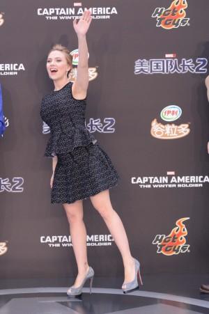 Scarlett Johansson, embarazada, durante la promoción de la peli 'Capitán América'