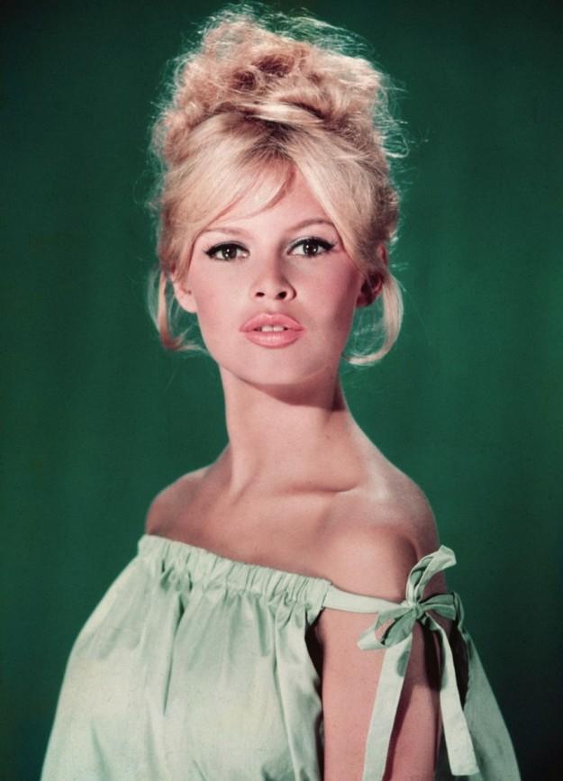 ¡Copia los looks de belleza de Brigitte Bardot!