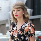 ¿Qué tiene en la cabeza Taylor Swift?
