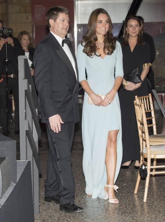 El look de noche de Kate Middleton en los premios de fotografía en Londres.