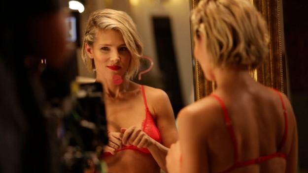 Elsa Pataky en un fotograma de su video para Women's Secret
