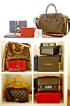 Entre sus it bags, YSL, Givenchy, Valentino, Louis Vuitton, Chanel, Proenza Schouler y Moschino