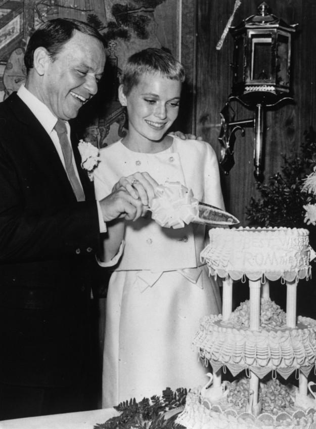 Mia Farrow y Frank Sinatra.