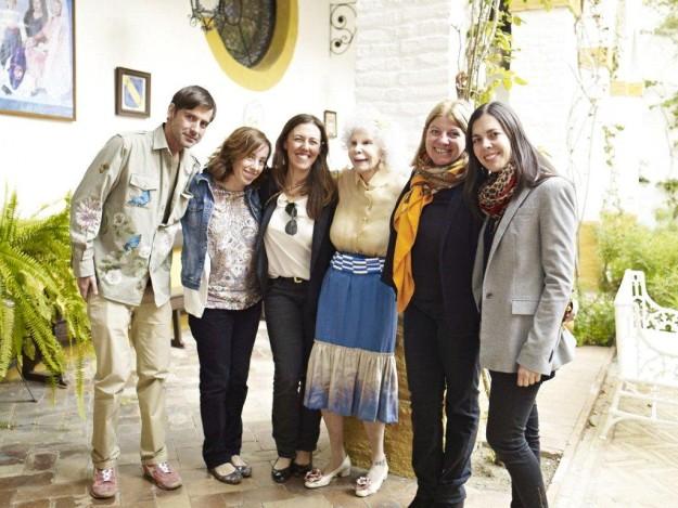 El equipo de TELVA y la Duquesa de Alba.