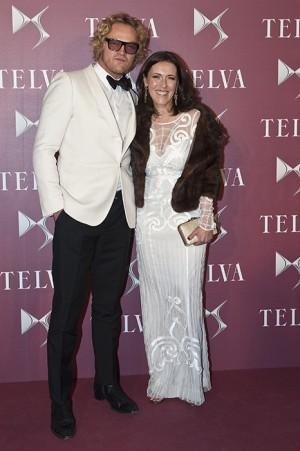 Peter Dundas y Olga Ruiz, en el photocall de los Premios TELVA de Moda.