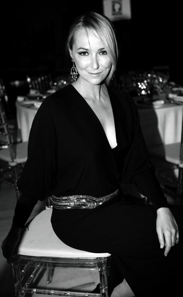 Frida Gianinni con Pendientes de Gucci.