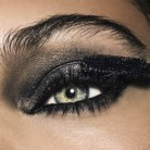 Smokey Eyes en clave celebrity para estas fiestas