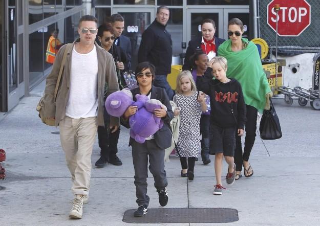 Angelina Jolie, Brad Pitt y su familia.