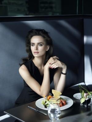Modelo en restaurante
