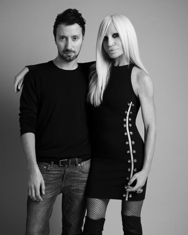 Anthony Vaccarello y Donatella Versace.