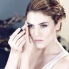 Ingrid Garcia Jonsson: 3 peinados exprés para brillar
