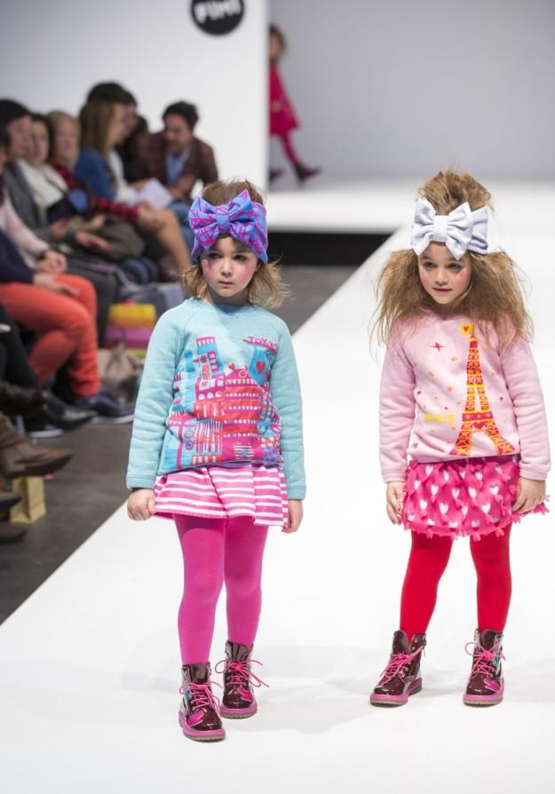 Agatha Ruiz de la Prada Baby reinventa los lazos y los emplea a modo de turbantes